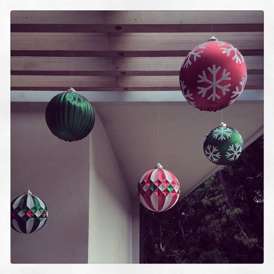 merry minimalism: an architectural christmas   // december 2014