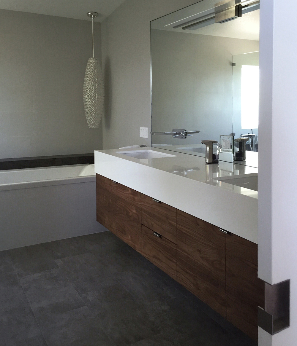 Bathroom Renovation Orange County: New Project Photos: A Modern Renovation In Orange / MYD