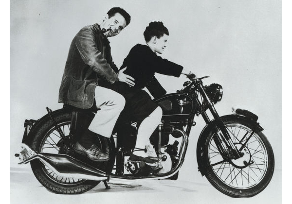 Charles & Ray Eames_web_teaser.jpg