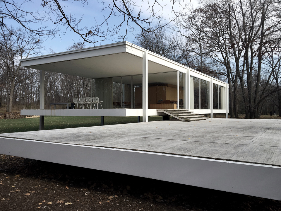 Farnsworth House / exterior
