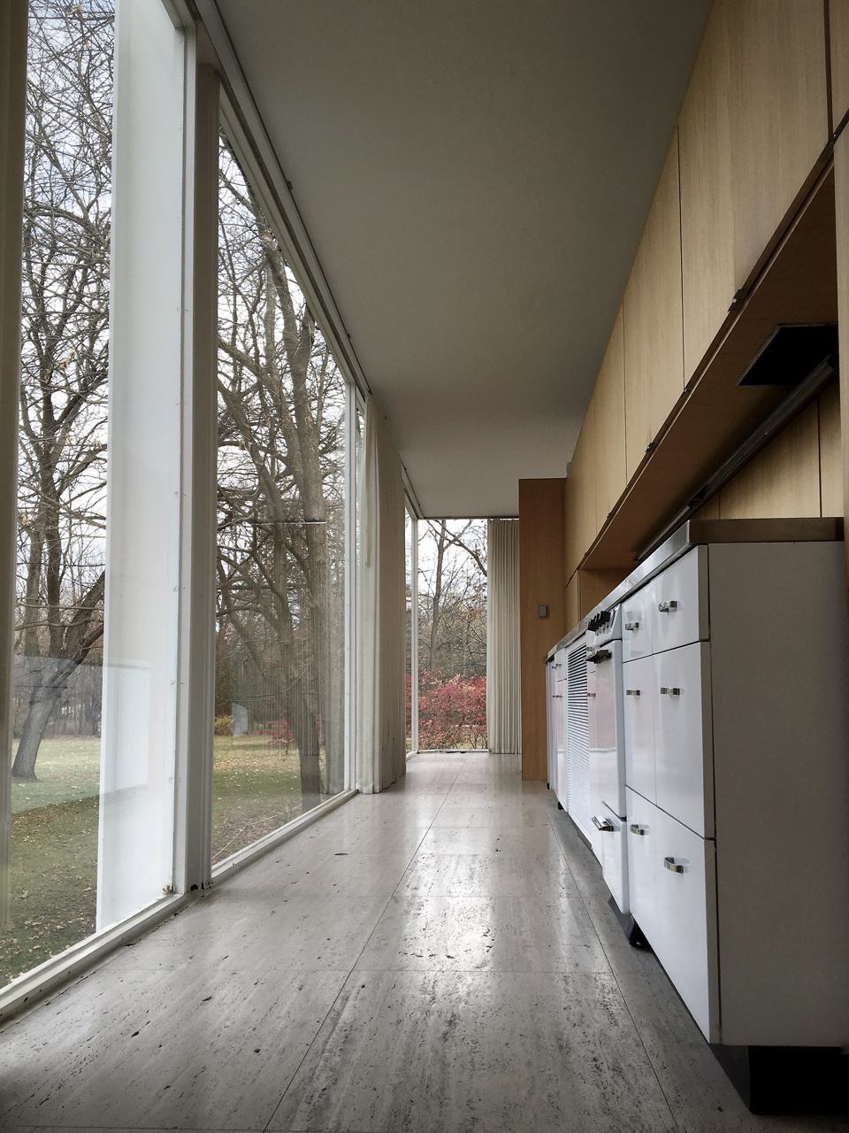 Farnsworth House / interior [kitchen]