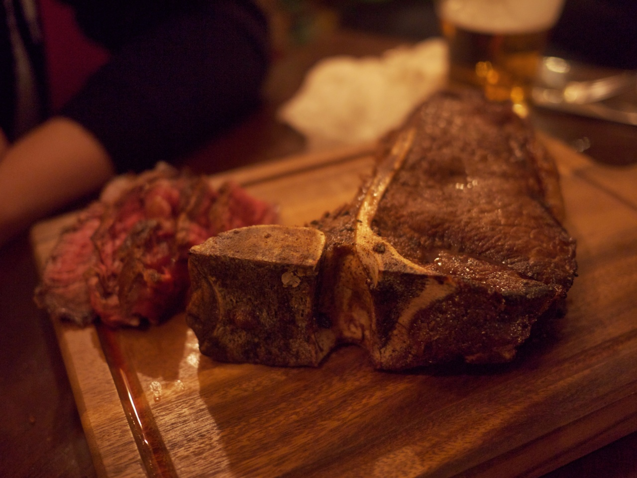 The  Lucky Chip  T-bone steak at the Sebright Arms, Hackney
