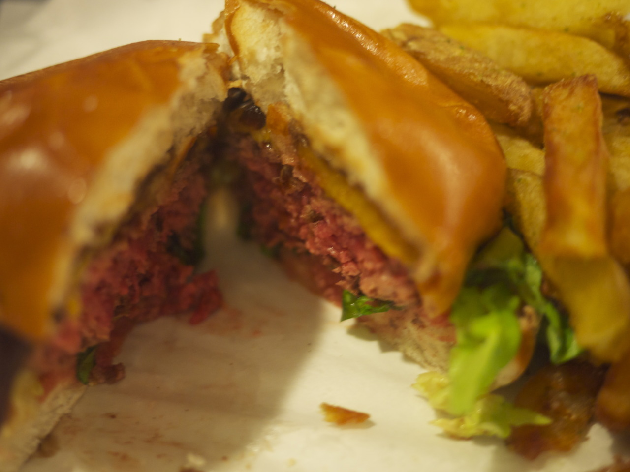 [PREVIEW] An Honest Burger / Honest Burgers / Brixton, London        Divisive. We'll give it that.