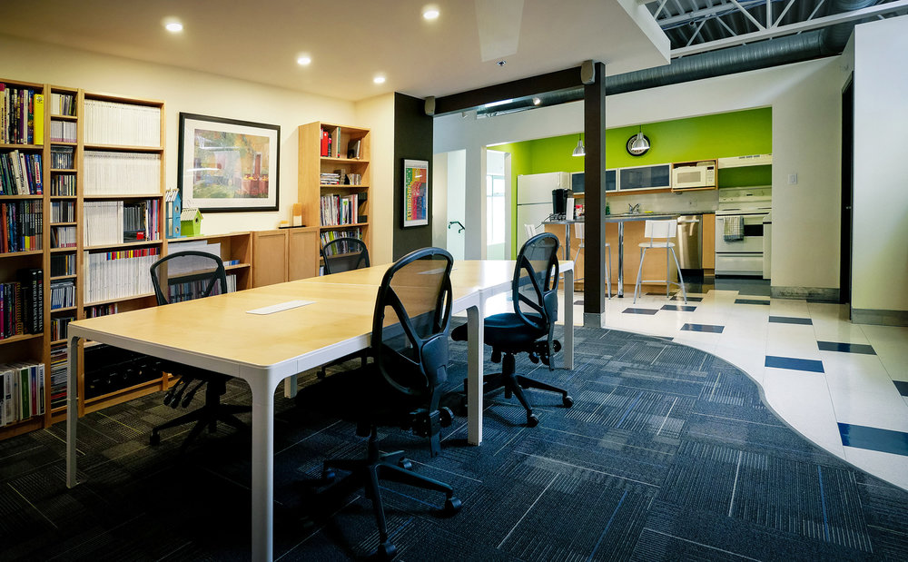 Hot-Desks-Library-03-LR.jpg