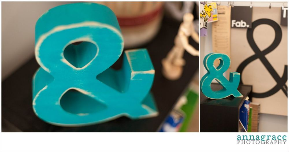 The teal ampersand matches my Fab poster with the big ampersand on it :)