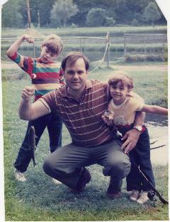 Rachel, Dad, Amanda & the single fish we caught that day