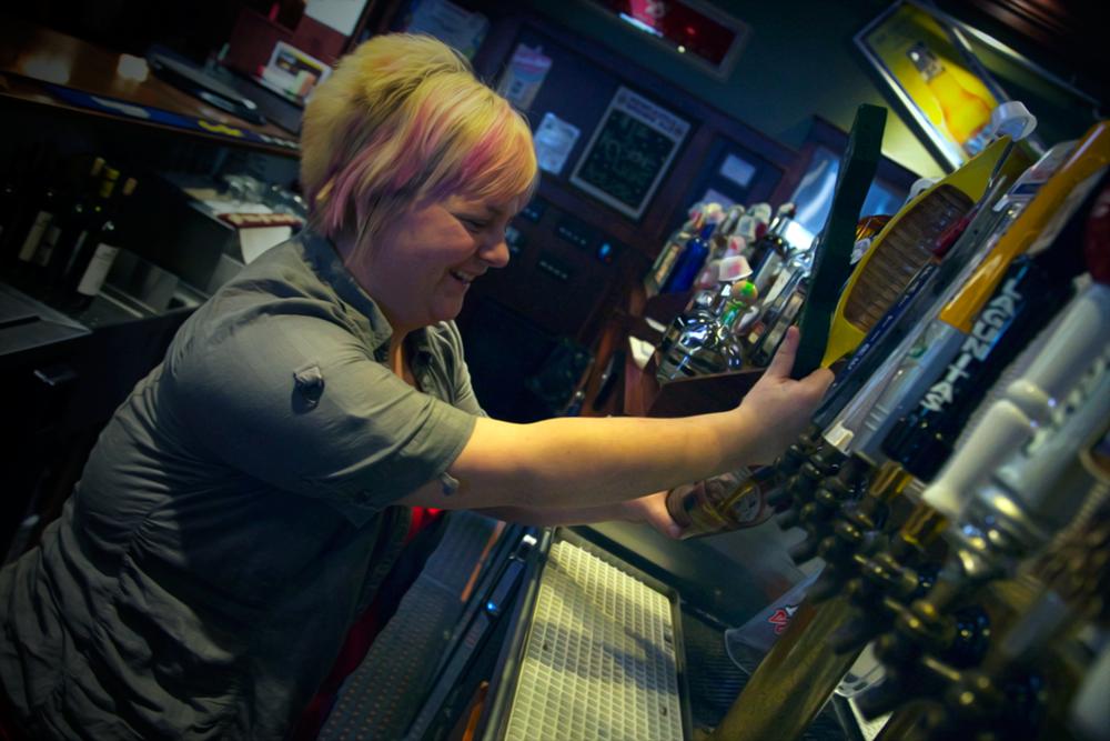 Visit Lizzy at RJ's Tavern