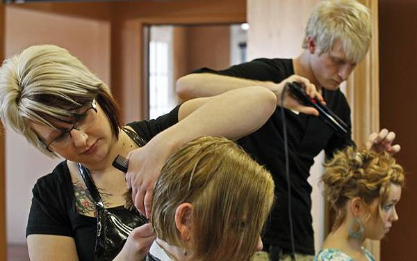 Image via  Hastings Beauty School