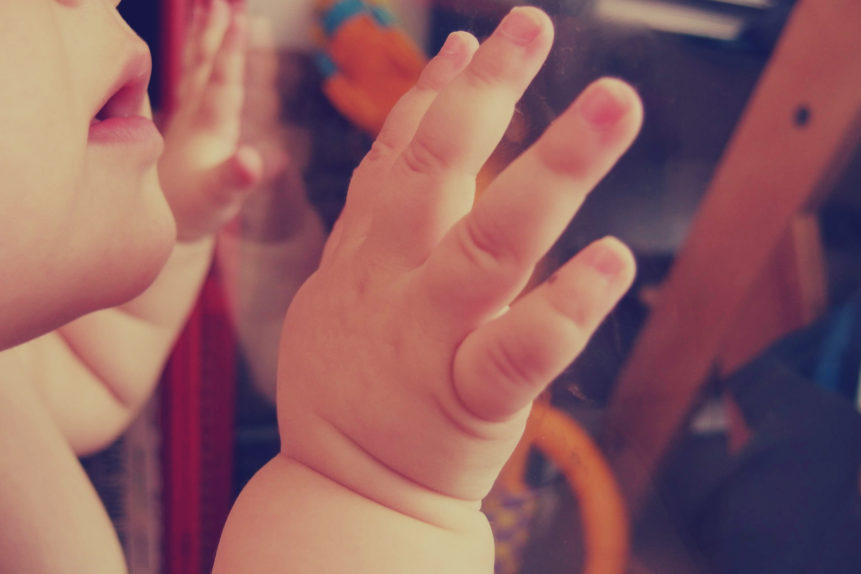 hand-baby-861x574.jpg