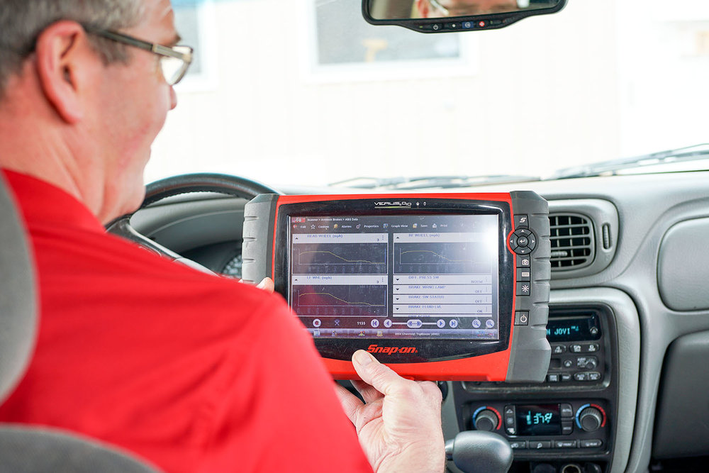 Carlson Auto Truck - Diagnostics.jpg