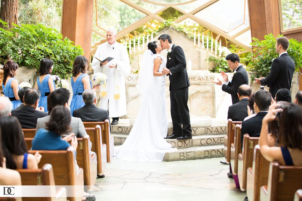 john-phoebe-wedding-20130921-3138-1045x697.jpg