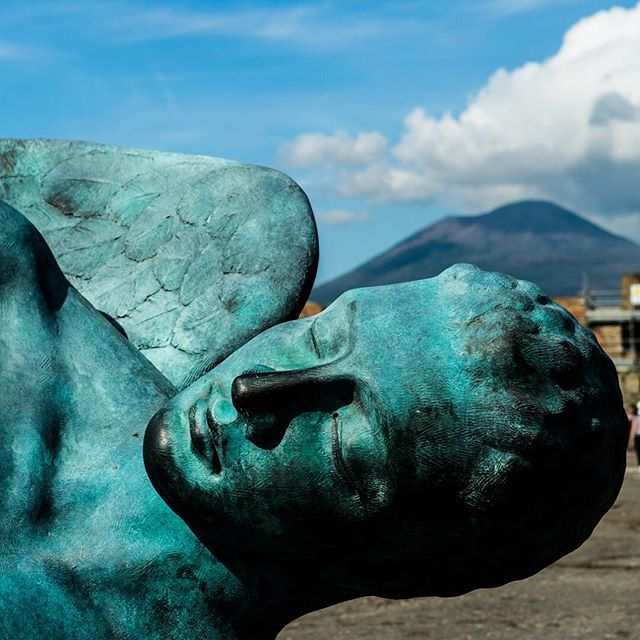 Sweet dreams of angels and blue skies in #pompeii with #vesuvius in the background. An Italy trip from 2016. Canon 5D
