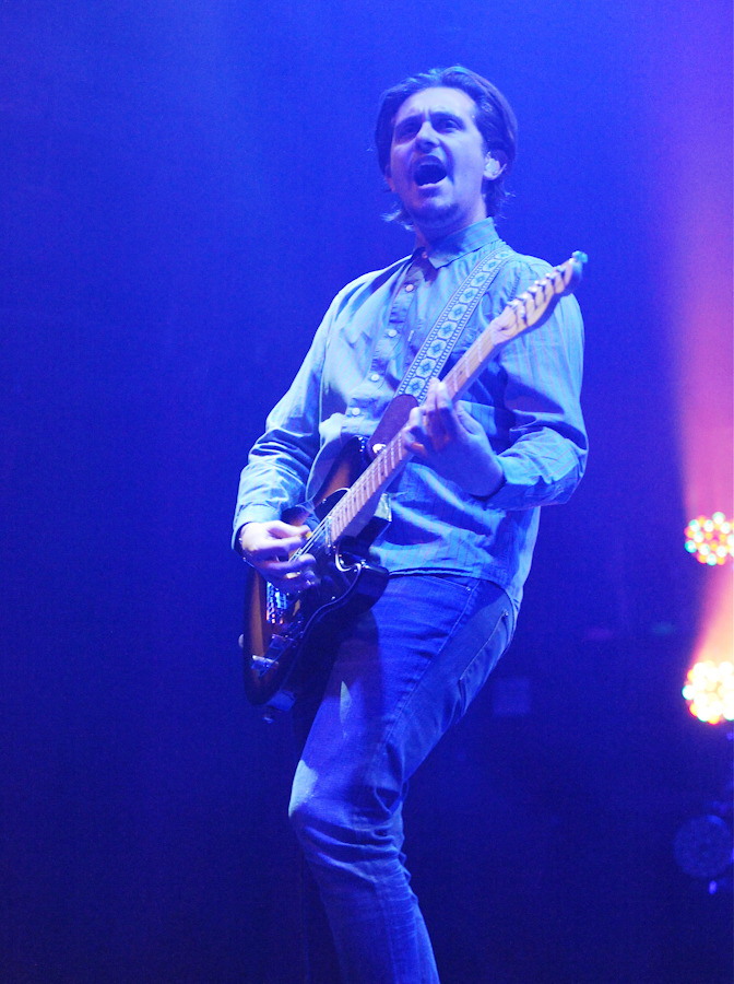 thetempertrap_101312-5.jpg