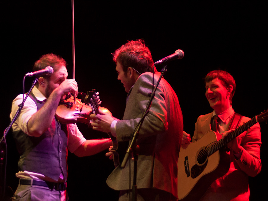 punchbrothers_042712-15a1f4.jpg
