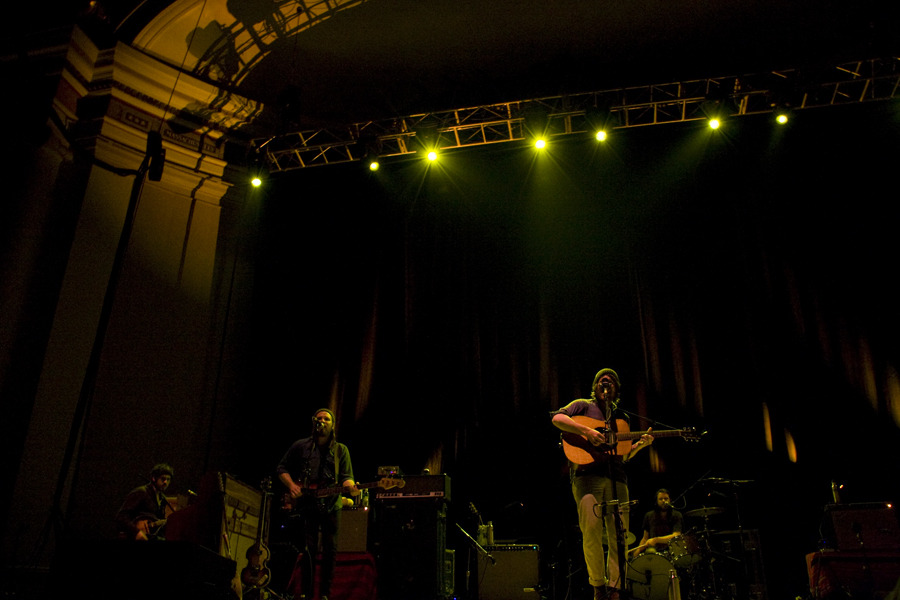 fleet foxes dar 1421f0f.jpg