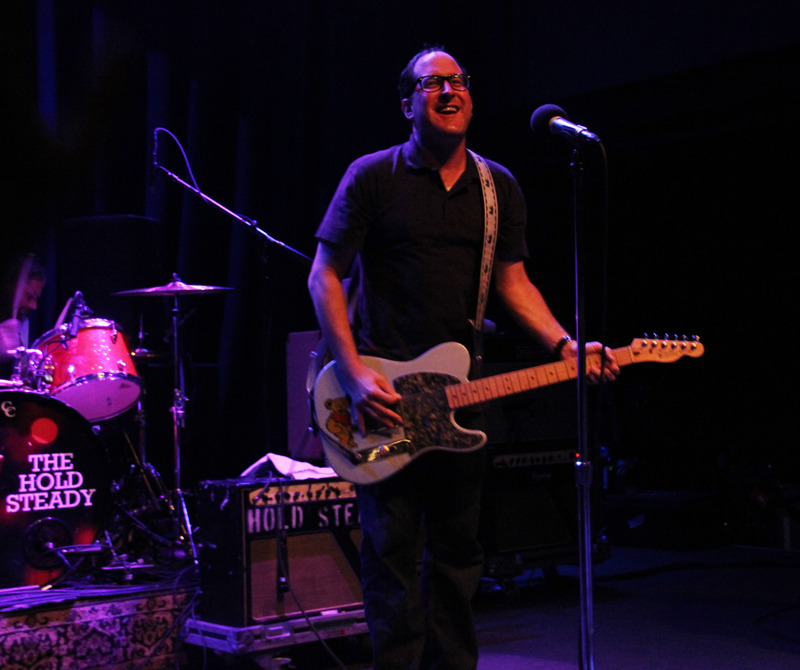holdsteady_9111_02ce9c.jpg