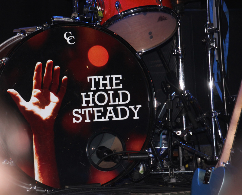 holdsteady_9111_192e8d.jpg