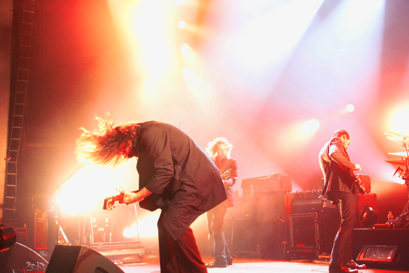 My Morning Jacket completely blowing shit up (Photo by Kevin Hill)