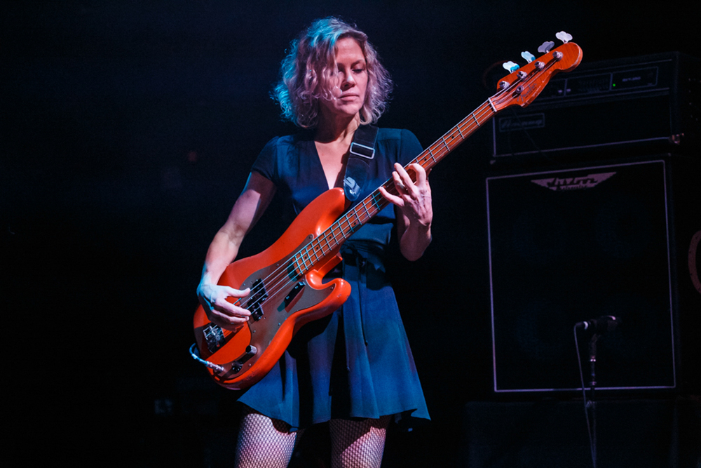 Luna performing at the 9:30 Club in Washington, DC on 10/6/15 (Photo by Matt Condon)