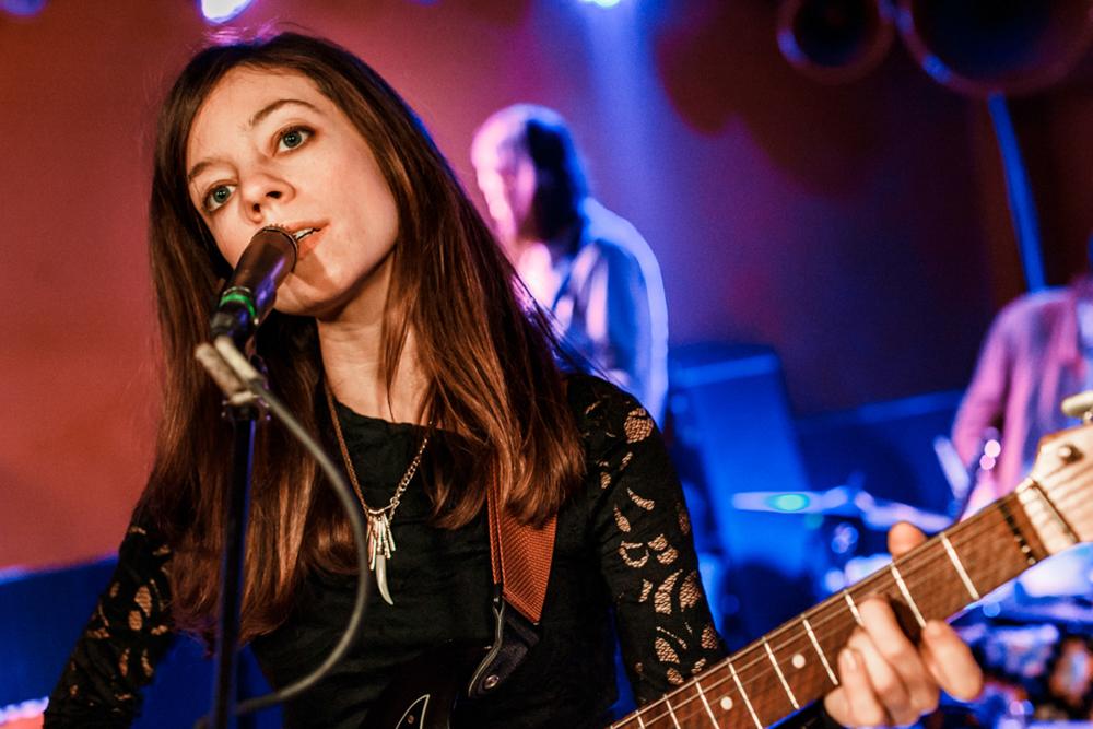 Quilt's Anna Rochinski performing at DC9 in Washington DC - 3/5/16 (photo by Matt Condon /  @arcane93 )