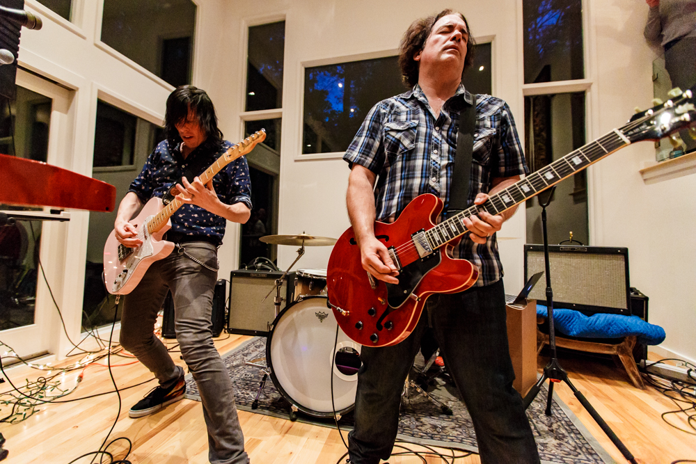 """The Posies – Ken Stringfellow and Jon Auer – rocking out at a """"secret"""" house show on their Pop Up tour in Washington, DC on May 10th, 2016 (photo by Matt Condon /  @arcane93 )"""