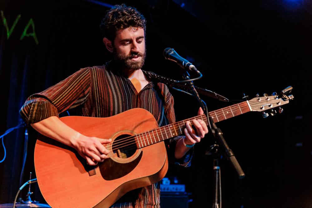 Micah Subar performing at Jammin' Java in Vienna, VA - 7/7/2016 (photo by Matt Condon / @arcane93)