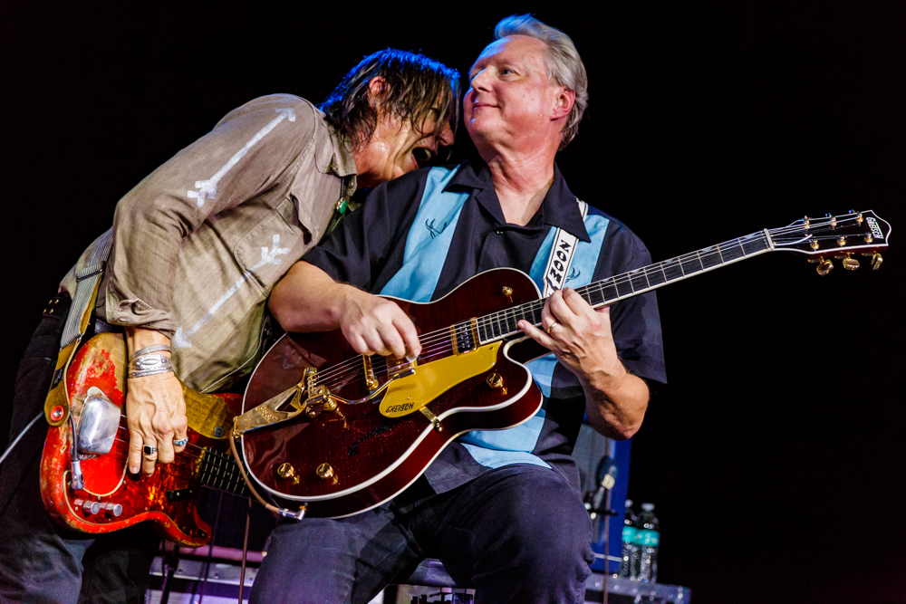X welcomes back guitarist Billy Zoom at the State Theatre in Falls Church, VA on August 12th, 2016 (photo by Matt Condon /  @arcane93 )