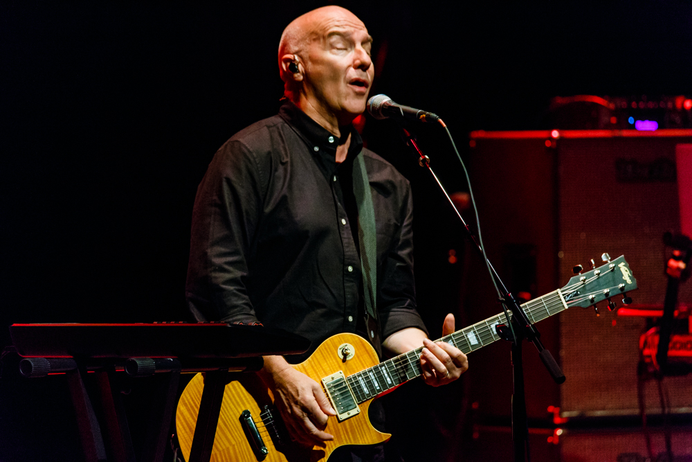 Midge Ure performing at Bethesda Blues & Jazz in Bethesda, MD - 10/4/2016 (photo by Matt Condon / @arcane93)