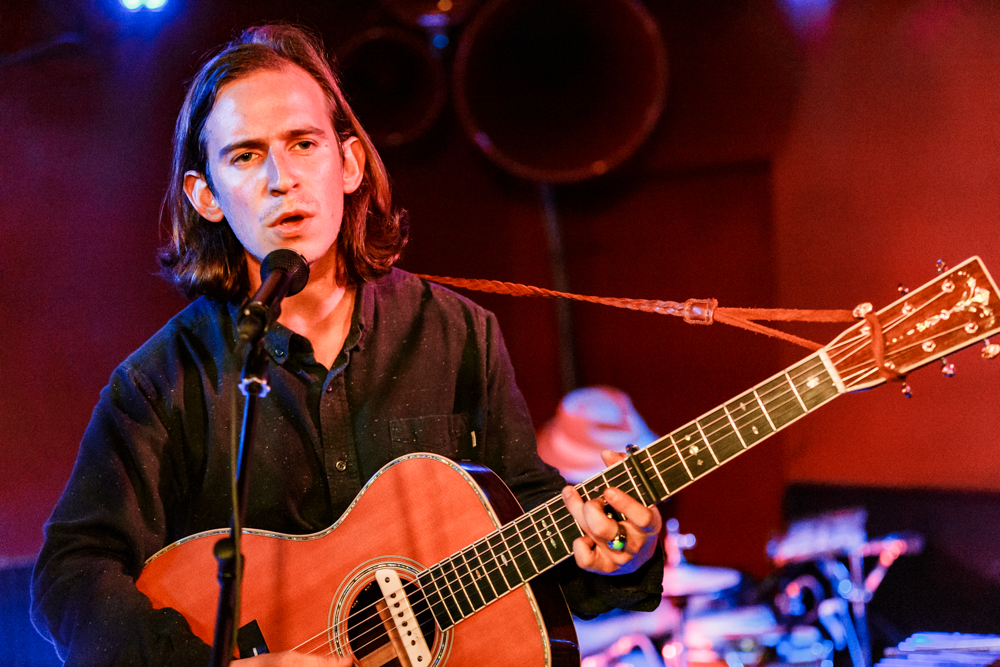 Adam Torres performing at DC9 in Washington, DC - 10/17/2016 (photo by Matt Condon / @arcane93)
