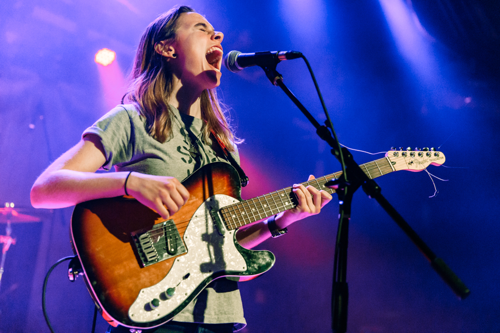 Julien Baker at the Baltimore Soundstage in Baltimore, MD - 11/1/2016 (photo by Matt Condon / @arcane93)