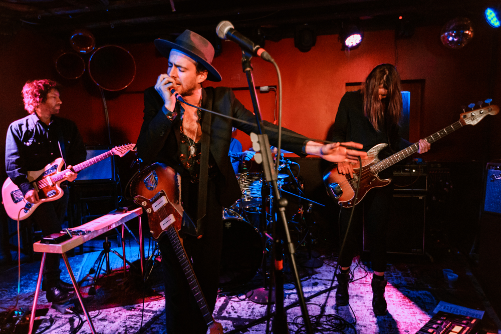 The Veils performing at DC9 in Washington, DC - 11/4/2016 (photo by Matt Condon / @arcane93)