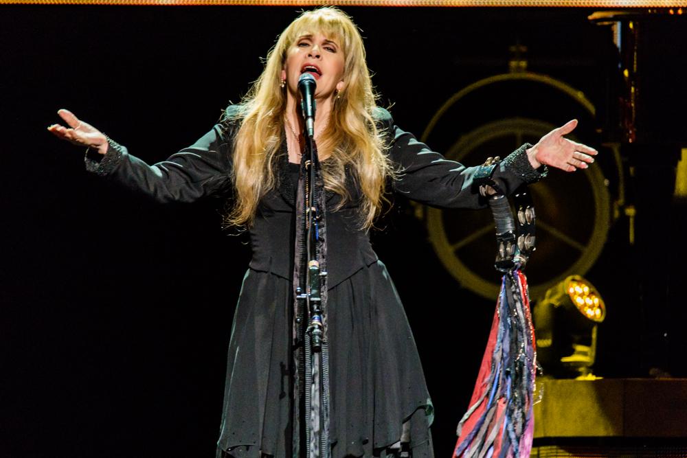 Stevie Nicks at the Verizon Center in Washington, DC - 11/14/2016 (photo by Matt Condon / @arcane93)