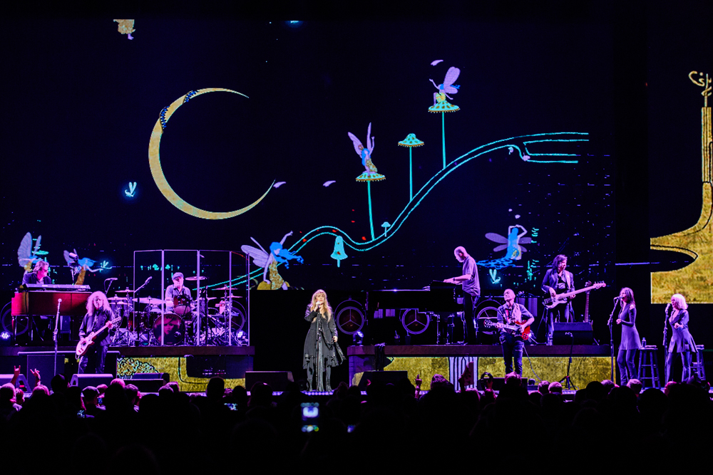 Stevie Nicks at the Verizon Center in Washington, DC - 11/14/2016 (photo by Matt Condon / @arcane93)