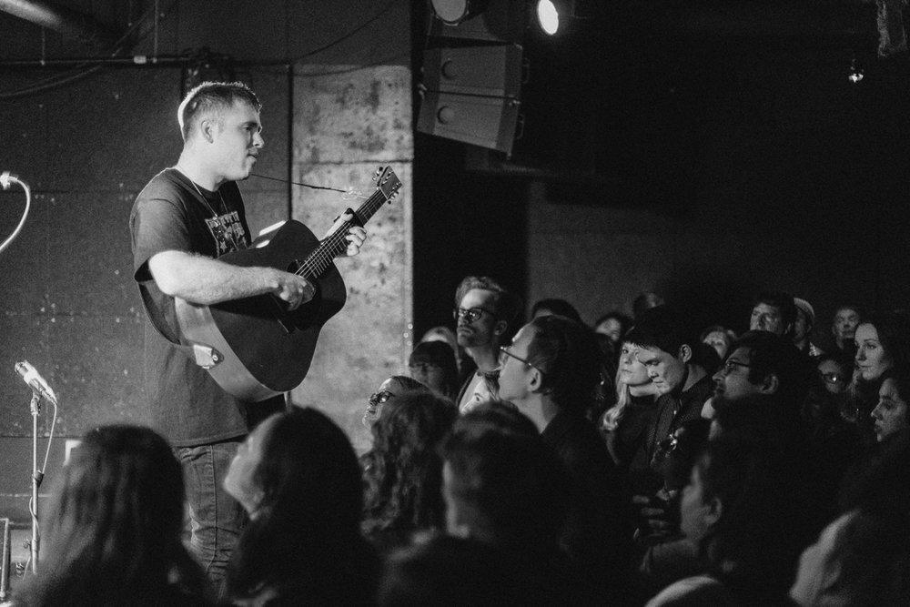 Benjamin Francis Leftwich performing at U Street Music Hall in Washington, DC - 11/12/16 (photo by Mauricio Castro/@TheMauricio)