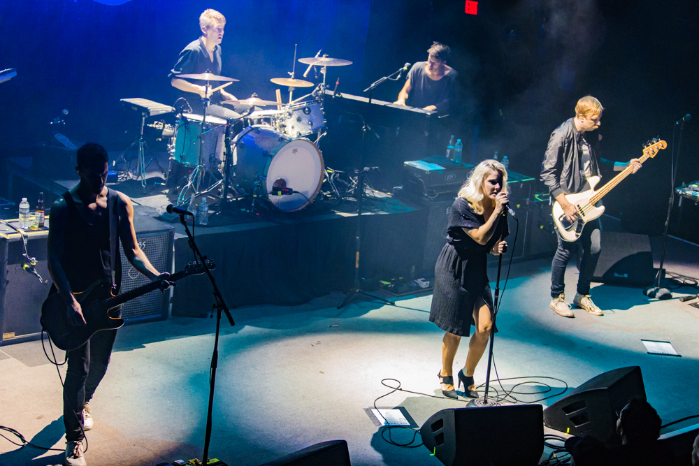 The Sounds performing at the 9:30 Club in Washington, DC, 11/28/2016 (photo by Matt Condon / @arcane93)