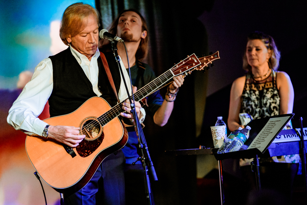 Justin Hayward at the Rams Head On Stage in Annapolis, MD - 2/12/2017 (photo by Matt Condon / @arcane93)