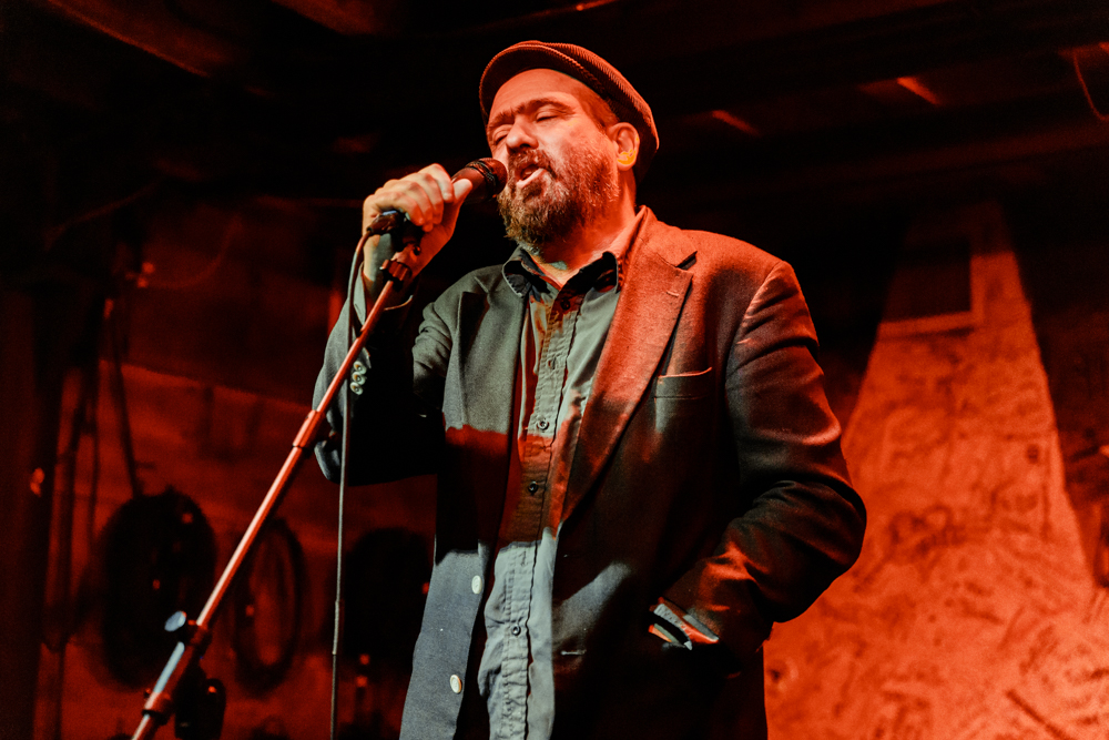 Mark Eitzel performing at Hill Country in Washington, DC - 4/7/2017 (photo by Matt Condon / @arcane93)