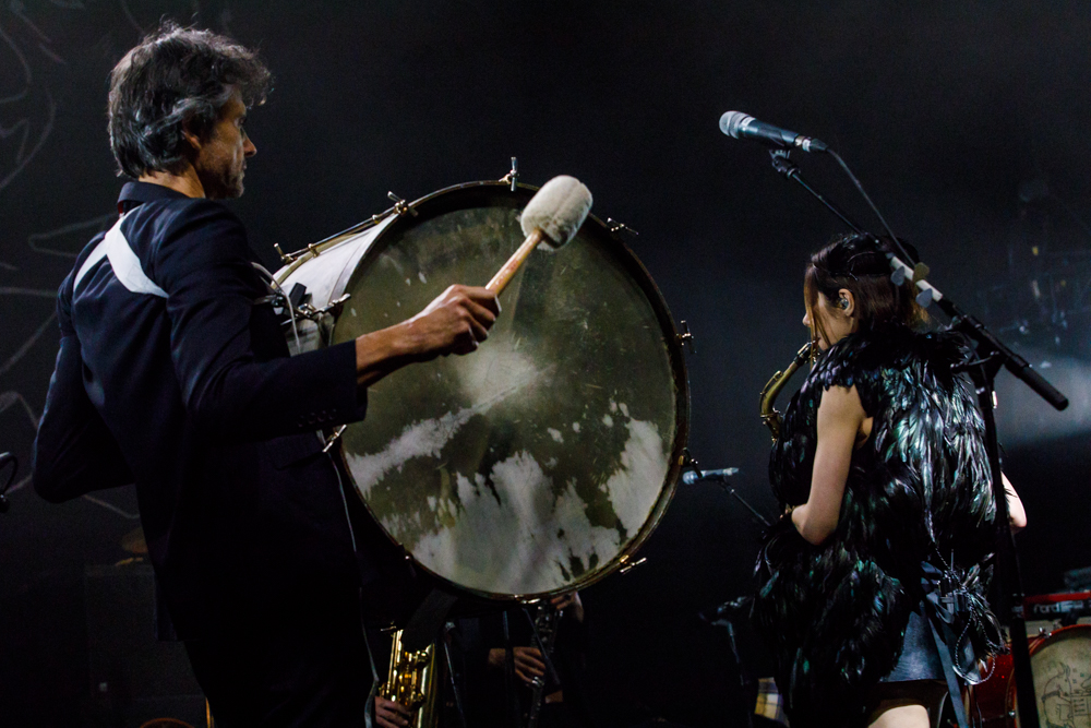 PJ Harvey performing at The National in Richmond, VA - 4/22/2017 (photo by Matt Condon / @arcane93)