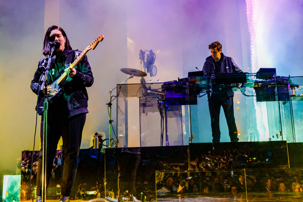 The xx performing at Merriweather Post Pavilion in Columbia, MD - 5/6/2017 (photo by Matt Condon / @arcane93)
