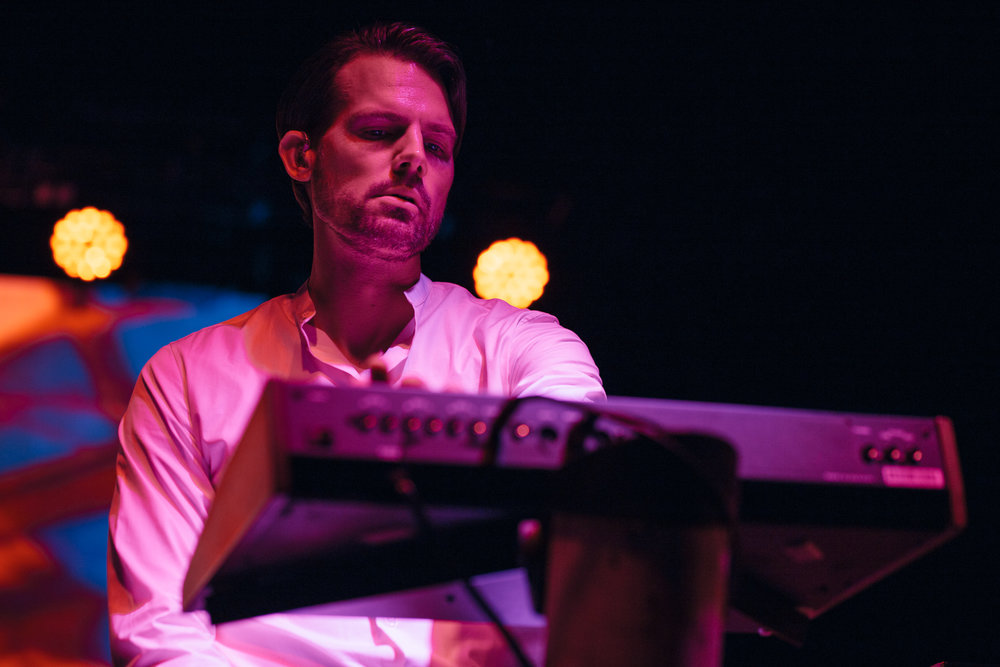 Tycho mastermind Scott Hansen at Echostage (Photo by Mauricio Castro /  @themauricio )