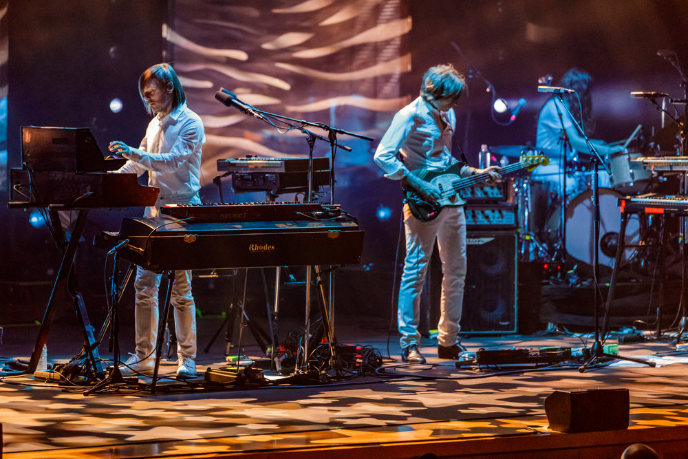 Air performing at the Strathmore in Bethesda, MD - 6/6/2017 (photo by Matt Condon / @arcane93)