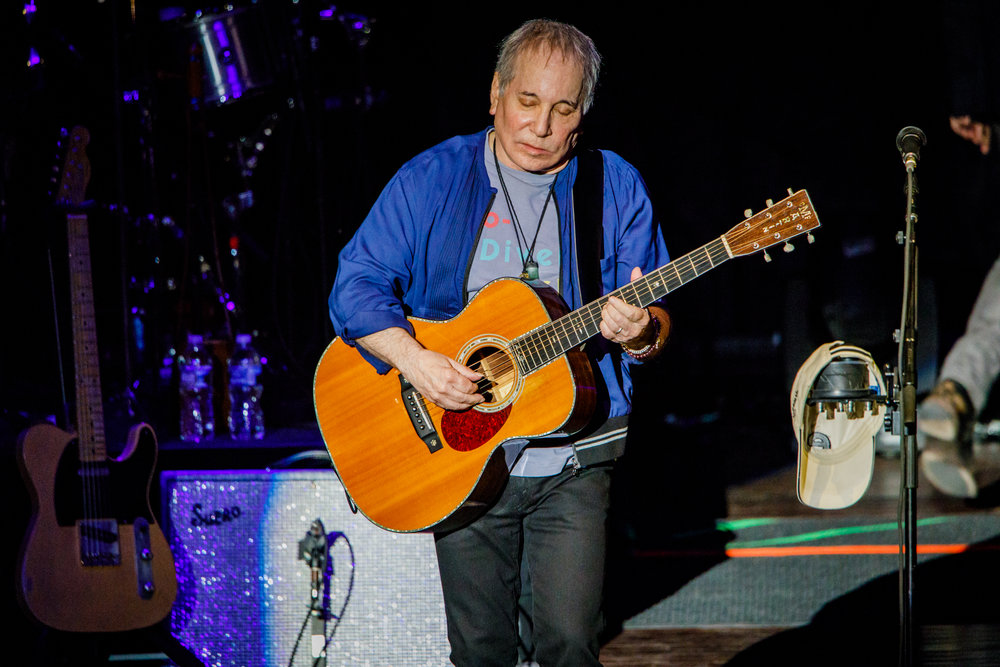 Paul Simon performing at Merriweather Post Pavilion in Columbia, MD - 6/9/2017 (photo by Matt Condon / @arcane93)