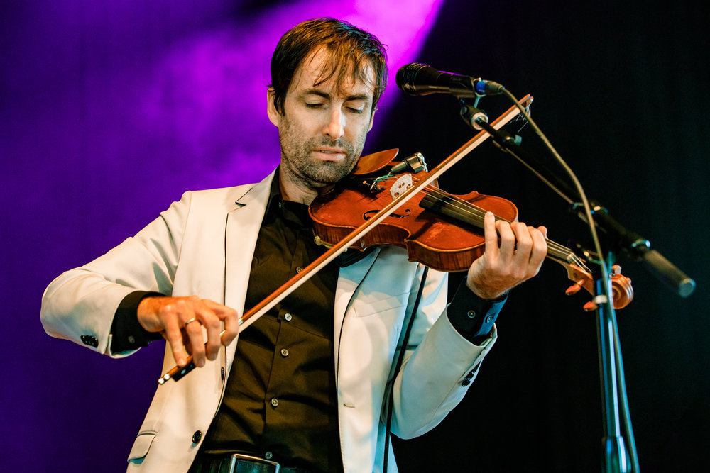 Andrew Bird performing at Merriweather Post Pavilion in Columbia, MD on July 30th, 2017 (photo by Matt Condon / @arcane93)