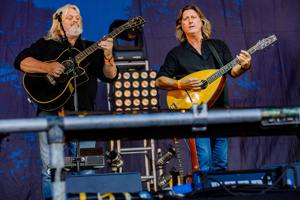 Show of Hands at Fairport's Cropredy Convention (photo by Matt Condon / @arcane93)