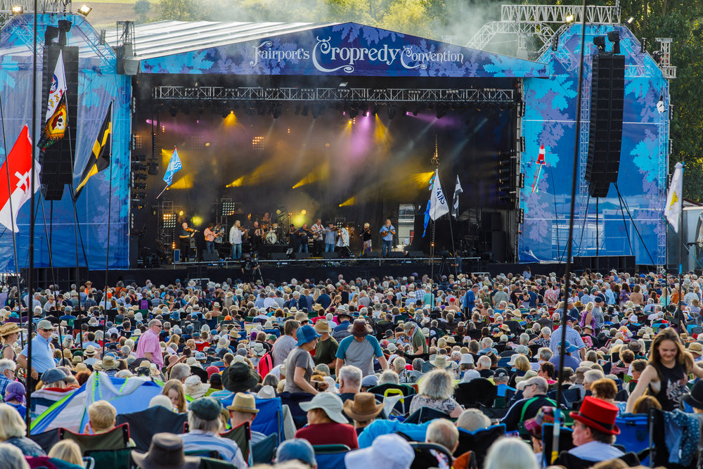Feast of Fiddles at Fairport's Cropredy Convention (photo by Matt Condon / @arcane93)