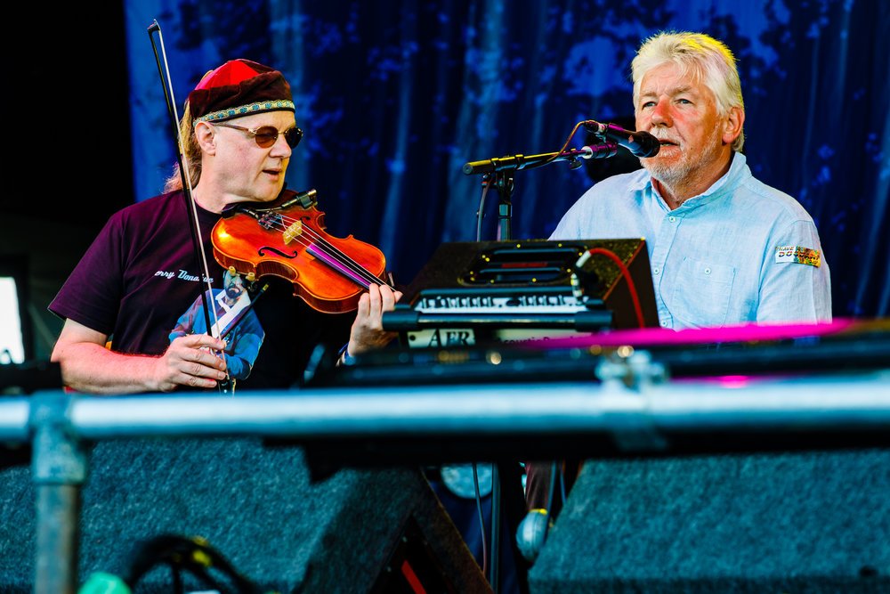 Fairport Acoustic Convention at Fairport's Cropredy Convention (photo by Matt Condon / @arcane93)