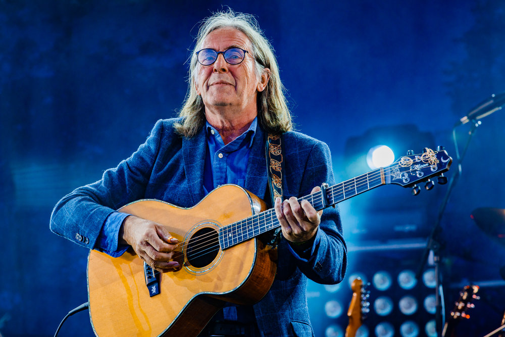 Dougie MacLean at Fairport's Cropredy Convention (photo by Matt Condon / @arcane93)