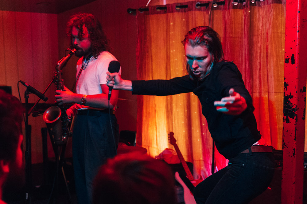 Alex Cameron channeling the crowd's energy at Songbyrd (Photo by Mauricio Castro /  @themauricio )