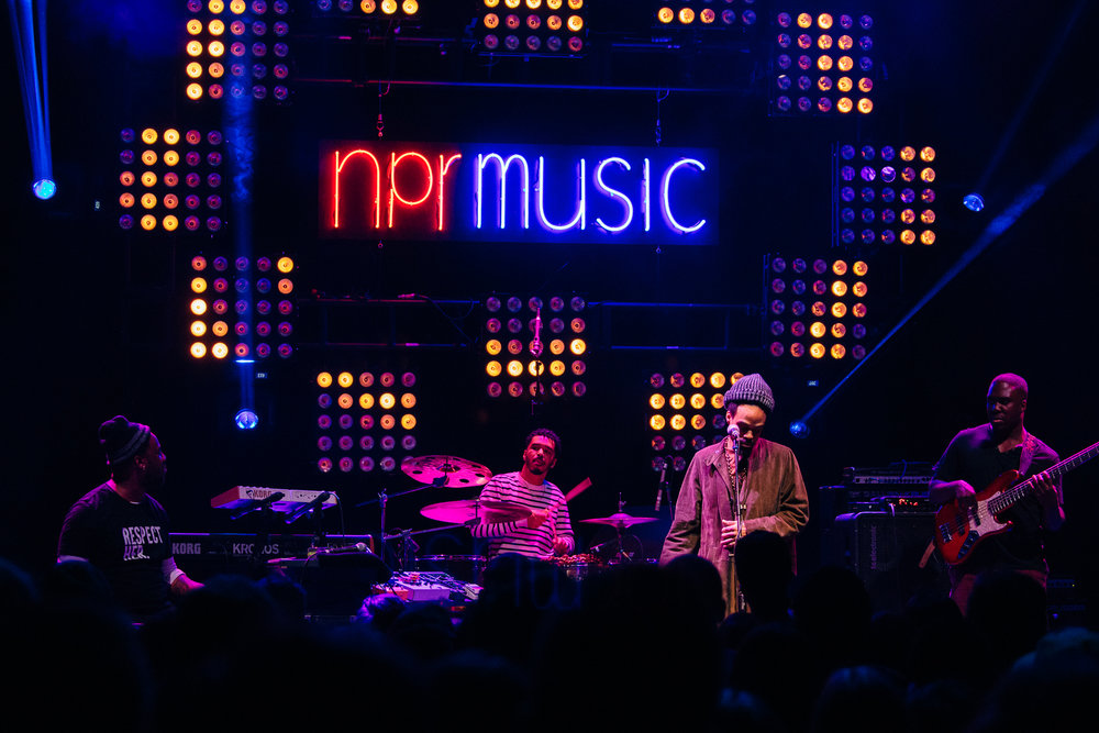 Robert Glasper and Bilal at 9:30 Club (Photo by Mauricio Castro /  @themauricio )