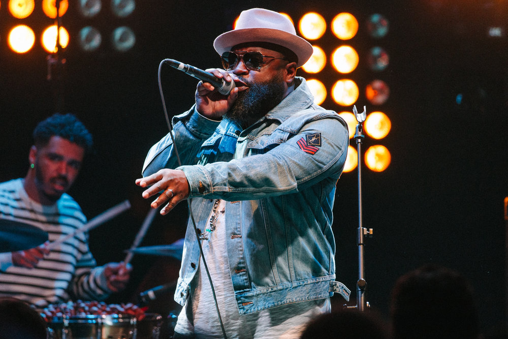 Black Thought performing alongside Robert Glasper at 9:30 Club (Photo by Mauricio Castro /  @themauricio )